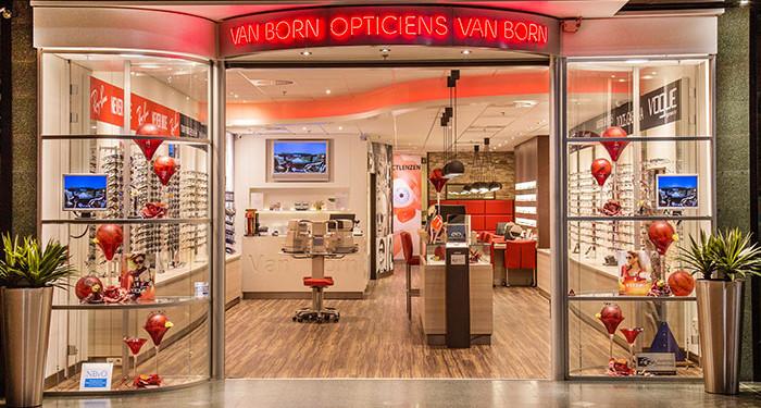 van born opticiens pand