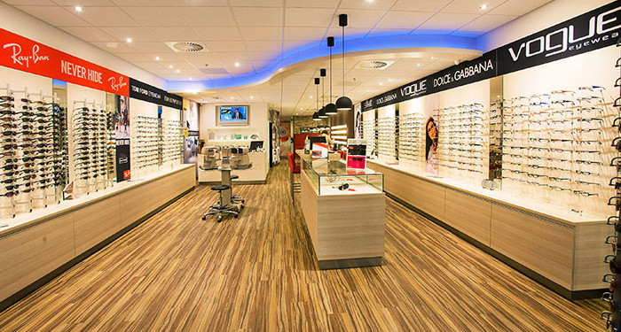 van born opticiens pand
